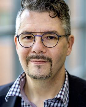写真:Erik Renström